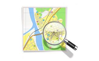 放大镜在地图上扫过的城
